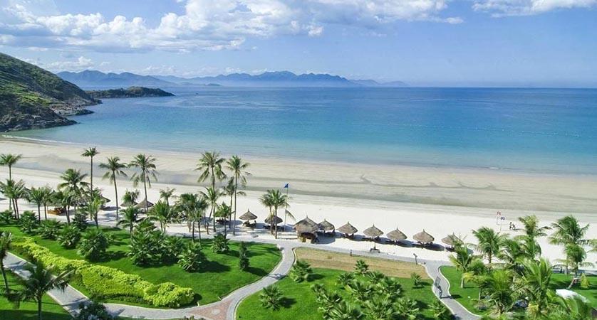 Thanh Binh Beach- Travelistia