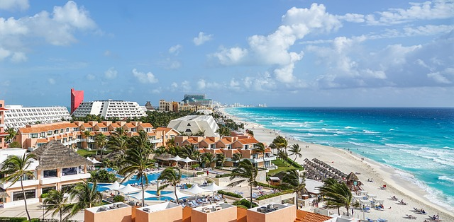 enjoy warm places with your family and friends in Cancun