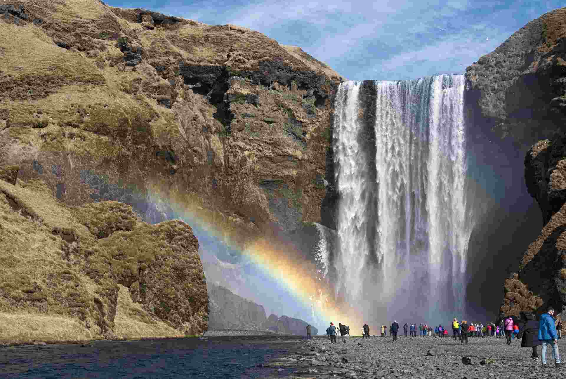 Take A Solo Trip to Iceland