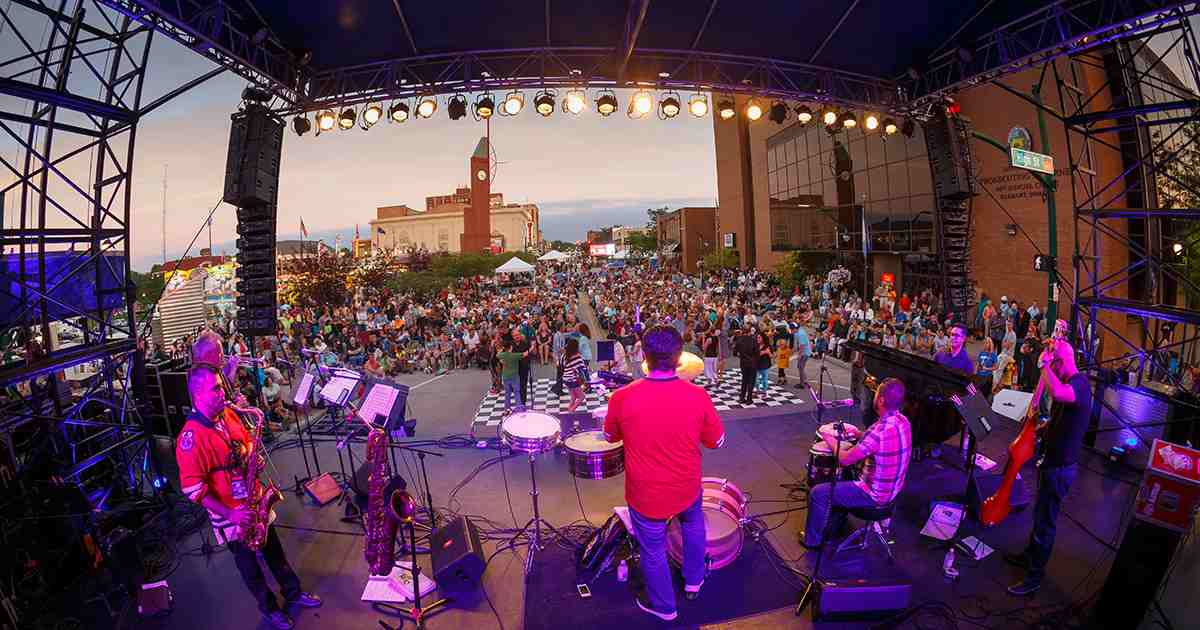 Enjoy amazing Elkhart Jazz Festival during your adventure holidays - travelistia