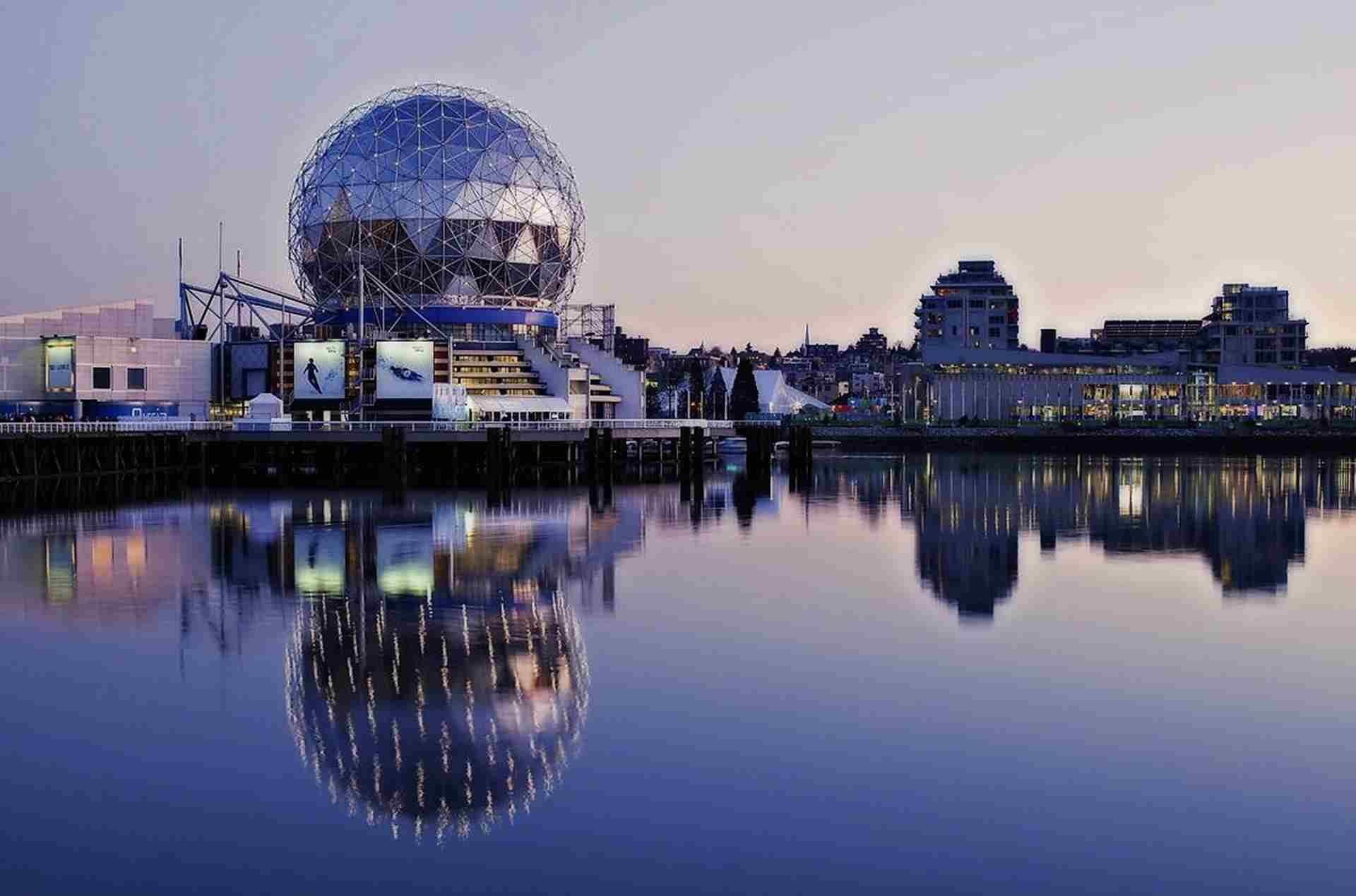 Canada Can Be A Solo Female Travel Destinations - travelistia