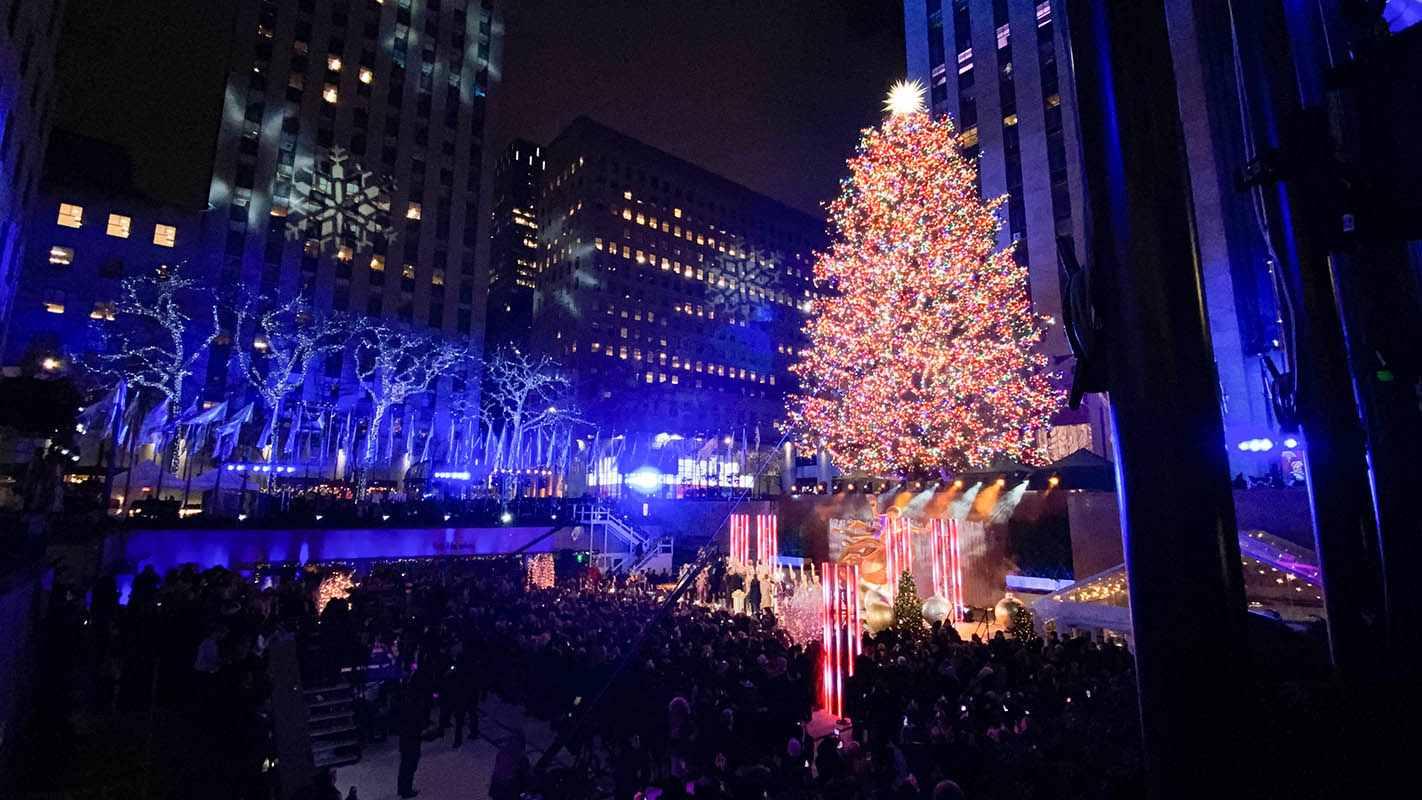 The Rockefeller Christmas Tree is amazing - Travelistia