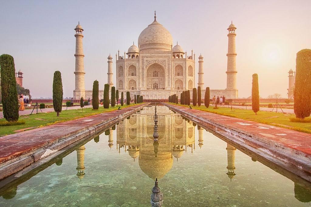 Taj mahal, Agra, India - travelistia
