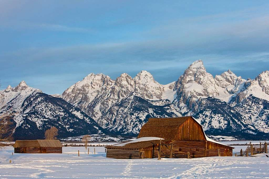 Travel To Jackson Hole,Wyoming with Your Family For Adventure